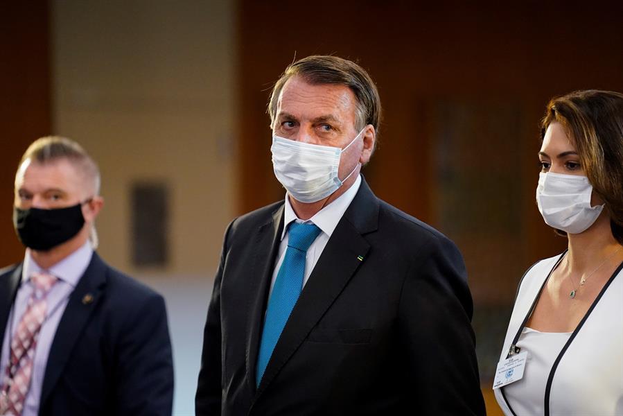 Bolsonaro reveals